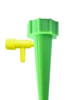 Adaptador para Riego por Goteo el Hogar para Plantas y Flores, de color Verde
