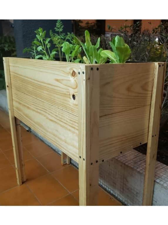 Kit de Mesa Rustica de Madera de Cultivo + 12 Plantines de Hortalizas