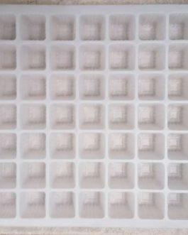 Almaciguera Blanca de 49 Cavidades