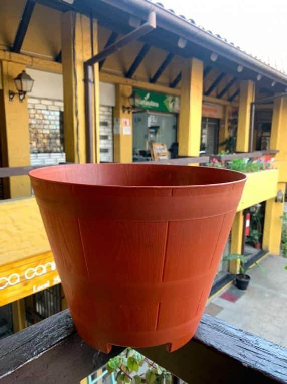 Macetero Modelo Barril Color Terracota 40 cm